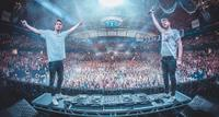 Chainsmokers in Mumbai