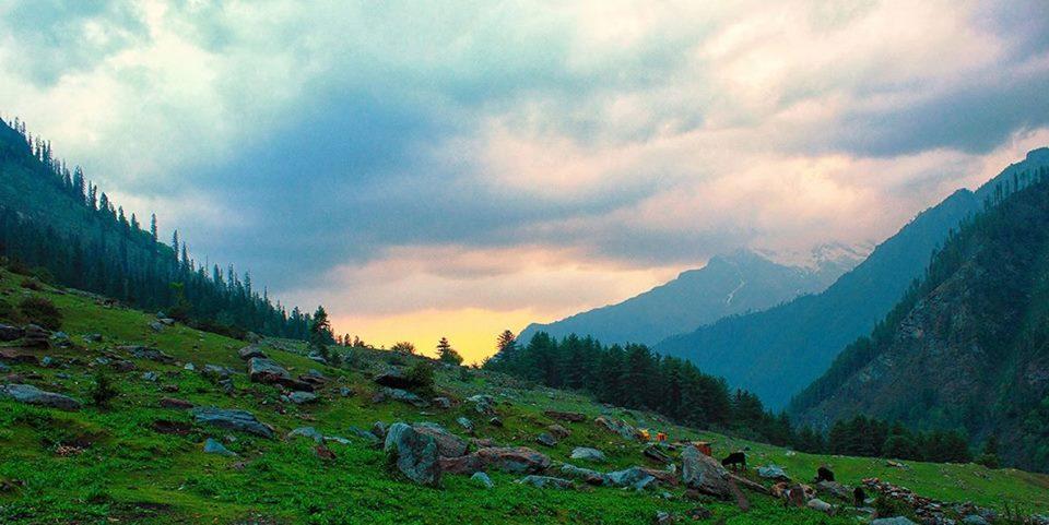 Trek to Kheerganga, Parvati Vally
