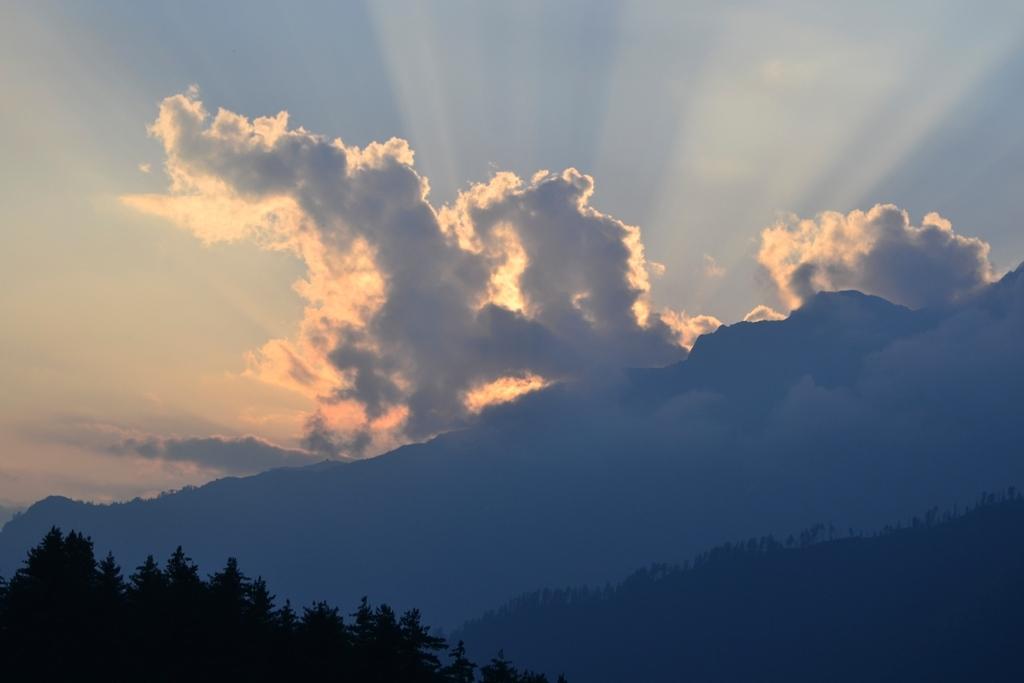 Himalayan Exploit: Kheerganga Trek