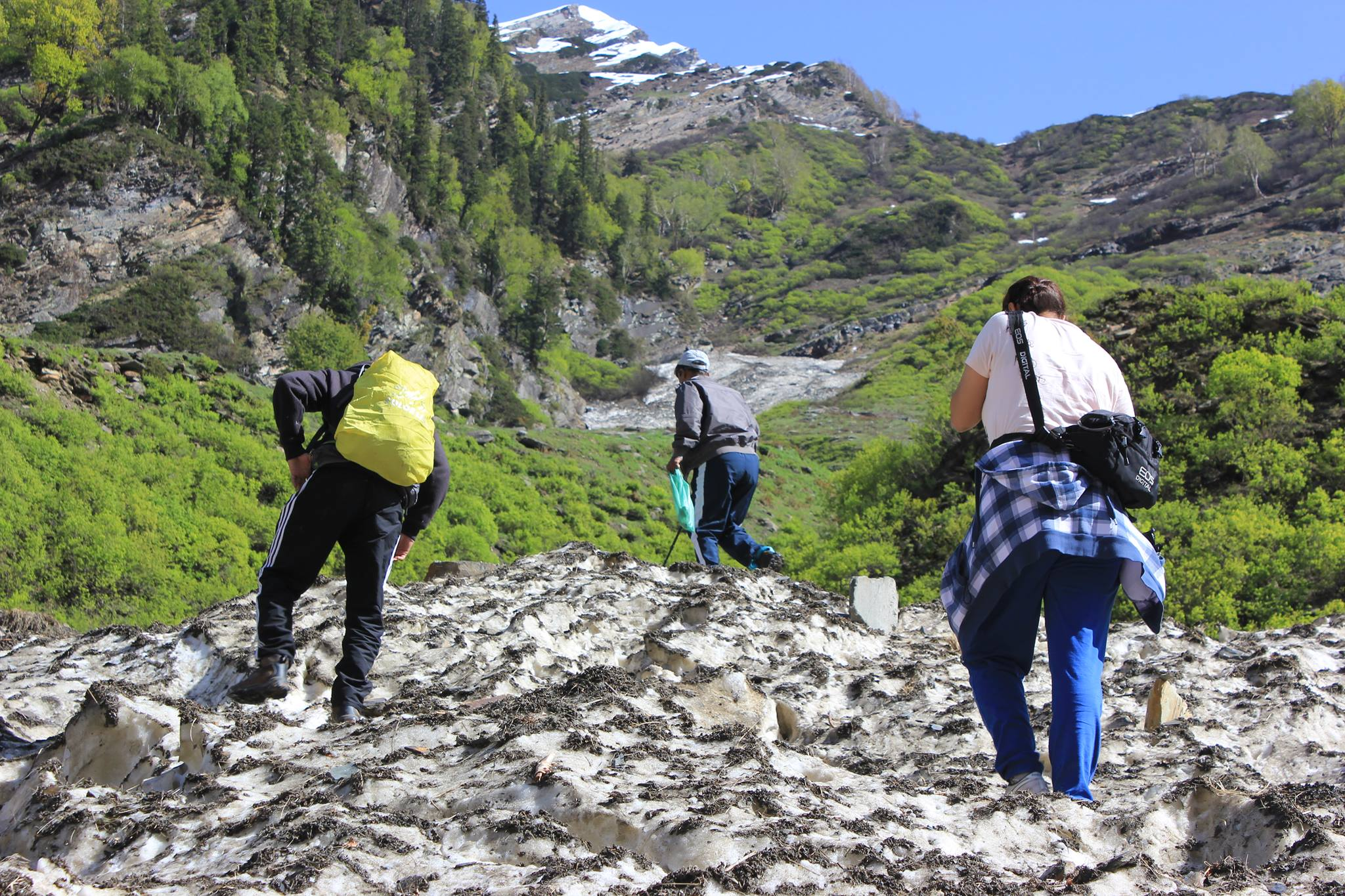 Treking in Manali_Hampta Pass Chandratal Lake Trek